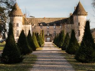 Entrée du Chateau de Savigny